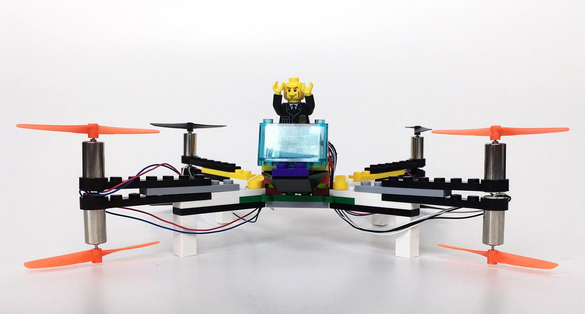 Dron LEGO